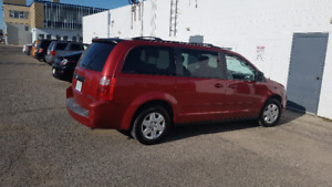 Dodge Grand Caravan SE with Stow and Go seats.