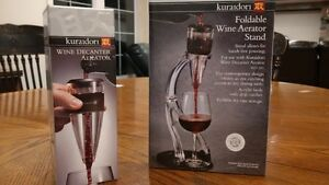 Kuraidori Decanter/Aarator and Stand