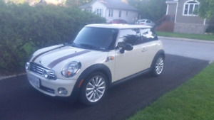 "Mini Mayfair Edition ""Beautiful""!"