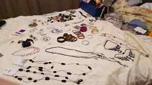 Tons of jewellery etc