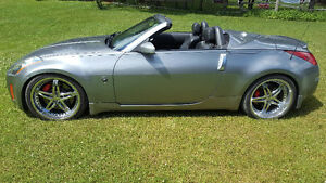 2004 Nissan 350Z ROADSTER IMPECCABLE