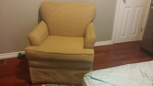 Great chair for any room Windsor Region Ontario image 1