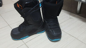 Men's thirtytwo EXIT snowboarding boots size 9 & 9.5