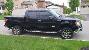 IMMACULATE condition 2013 Ford F150 XTR Supercrew!!