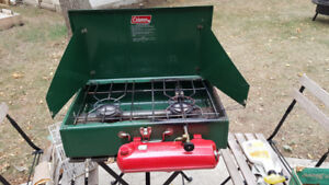 Vintage Coleman 2 burner camp stove model 413G