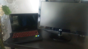 LENOVO Y410P GAMING LAPTOP-COMES WITH MONITOR AND KEYBOARD