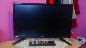 "19"" RCA Flat screen TV"