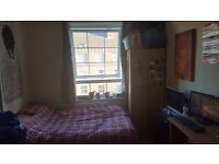 Double Room - Zone 2 - Couples Welcome!