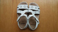 Pediped - white leather sandals - size 27 EU (10.5 little kids)