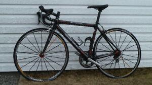 Vélo de route Louis Garneau Sonix 6.4