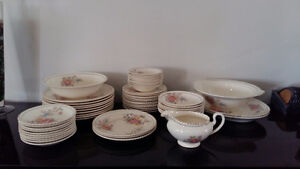 Earthenware, Sovereign Potters large lot
