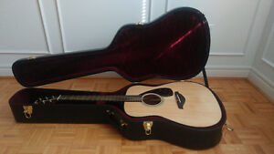 Selling a Yamaha FG700MS with hard case