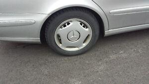 2006 Mercedes w211 e320 wheel rim cap