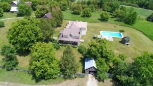 House - Farm for sale with 175 acres