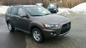 2011 Mitsubishi Outlander 7 seater WITH WARRANTY
