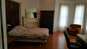 Coop Rental- September 1st - 5 rooms available- Sarnia Sarnia Area image 2