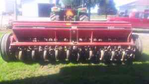 Seed Drill Case IH 5100 Soybean Special w/Grass Seeder