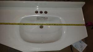 comptoir de porcelaine pour vanité salle de bain blanc