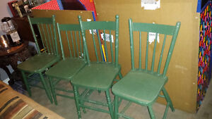County style kitchen table and chairs Belleville Belleville Area image 2