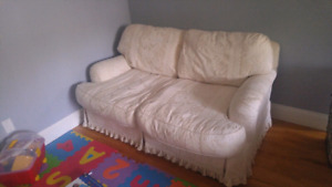 Couch - Wood Frame GUC (loveseat)