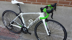 Vélo route Specialized Amira Sport used road bike Shimano 105