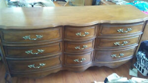 French Provincial 9 drawer dresser