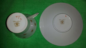 "Royal Albert ""Star of Eve, Orange Stars"", Art Deco Cup & Saucer Cambridge Kitchener Area image 6"