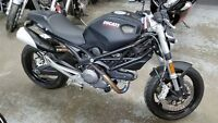 2013 Ducati Monster 696, with only 4500km