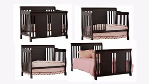 4 in 1 Crib with change table
