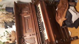 Older pump organ free for pick up
