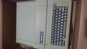 Apple IIe IN BOX! with duodisc drive, monitor, system saver