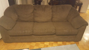 Great nap couch. Sofa. 3 seat couch