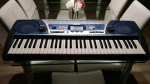 Piano yamaha. Psr 262 ex condition