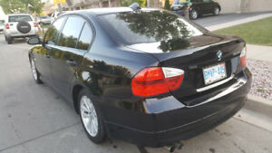 2007 BMW 328i fully loaded with sports trim and navigation.
