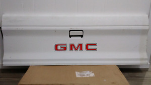 82-93 Chevy S10 / GMC S15 OEM Tailgate