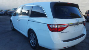2011 Honda Odyssey 8 SEATERS LEATHER SEATS