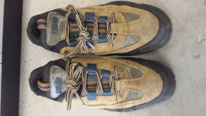 BRANDED SAFETY SHOES CSA green tag FOR SELL Peterborough Peterborough Area image 3
