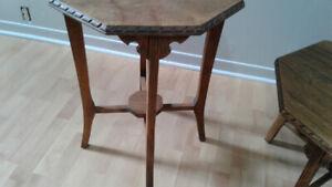 Tables à café antiques