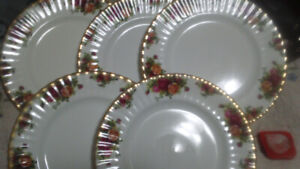 Royal ALBERTA-Old Country Rose Pattern