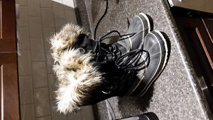 Sorels.  Women's Size 10. Worn once.