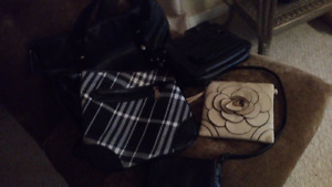 Purses in excellent condition