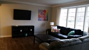 NC Female Student Housing - 1 Room Left! Clean, Safe, Reno'd!