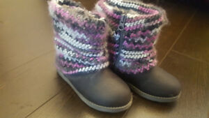 CAT AND JACK GIRL'S WINTER BOOTS SIZE 10 TODDLER