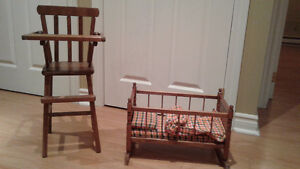 Chaise haute et bassinette jouet en bois