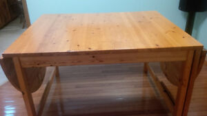 Dining table and chairs Kitchener / Waterloo Kitchener Area image 3