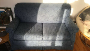 Pullout Couch/Sofa