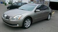 2004 Nissan Maxima sl cuir,toit tres propre!!! 3950.00$
