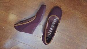 Keds Wedges (Size 9)