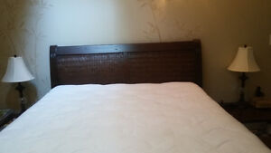 Queen Bed    Reduced price!!