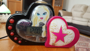 Bratz Clock and Fortune Teller
